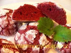 Popraskané sušenky červené Cookies, Breakfast, Food, Crack Crackers, Morning Coffee, Biscuits, Essen, Meals, Cookie Recipes