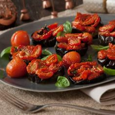A delicious side dish. The happy marriage of roast aubergine, Basil Pesto and wilted tomatoes cannot be beaten! Also excellent served with a braai. Best Vegetarian Recipes, Basil Pesto, Vegetable Sides, Meatless Monday, Tandoori Chicken, Holiday Recipes, Side Dishes, Happy Marriage, Tomatoes