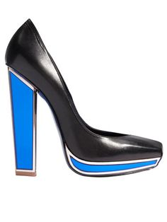 Yves Saint Laurent pump #heels #fashion #black