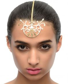 head piece/ maang tika by 'malleka'