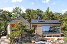 Dream Homes Living Home Sauna Design, Cabin Design, Cottage Design, House Design, Sauna House, Tiny House Cabin, Helsinki, Small Summer House, Cottage Porch