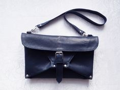 Clutch bag made of leather with your own hands. Master class of leather. In this video I show how to make a clutch (bag) of leather with my own hands. Which is the origami type. Manufacture of products made of genuine leather, handmade. Description of the manufacturing process. handbags, handbags and purses,handbags and purses designer,handbags diy, handbags diy handmade, clutch, Video master class,master class, Own hands, Leather item, сумка своими руками, сумка мастер класс.