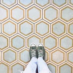"""Regram @johnnyvision #ihavethisthingwithfloors"""