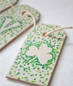 This Saint Patrick's Day banner is so easy to make.