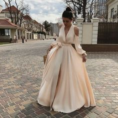 Dresscode Guide, Was wann und wo anziehen- Dresscode Guide, What to wear when and where Dresscode Guide, Was wann und wo anziehen - Satin Dresses, Nice Dresses, Casual Dresses, Fashion Dresses, Formal Dresses, Dress Code Guide, Evening Dresses, Prom Dresses, Wedding Dresses