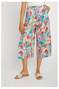 Lillian Culottes - who doesn't love a good pair of floral culottes? From People Tree Ethical Fashion, Fashion Brands, Made Clothing, Patterned Shorts, Sustainable Fashion, Organic Cotton, Trousers, Feminine, Style Inspiration