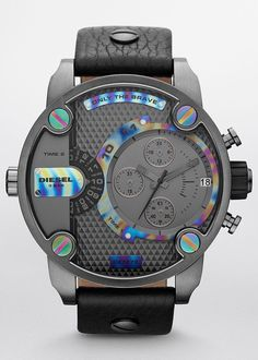 Diesel DZ7270 Mr. Daddy Chronograph Black Fire. Delicate doses of eclectic rainbow plating illuminate the dominant black case and dial.