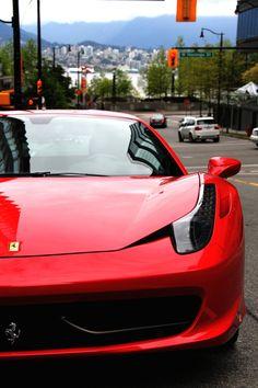 www.InForLuxe.be loves Ferrari :) Beautiful car, beautiful sound, beautiful brand!