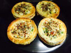 A great combination of cheese, mixed veggies, spices and bread. Jitna sundar dikhta hai utna hi easy bhi hota hai. Stuffing Mix, Chilli Flakes, Red Chilli, Bread And Pastries, Baked Potato, Sushi, Spices, Veggies, Cheese