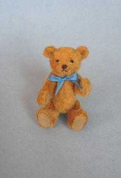 """Gayle Bassom, Bassom Bears - 1 1/2"""" tall teddy bear"""
