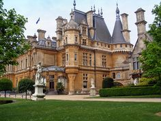 """The History of The House of Rothschild: """"The Rothschilds"""" have been in control of the world for a very long time, their tentacles reaching into many aspects of our daily lives, as is documented in the following time line."""