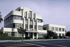 Streamline Moderne is a late Art Deco style branch which is mostly used for architectural design. Streamline or Modern in singular word is also used to signify the same design style. Streamline is mostly known with its curves, horizontal lines and nautical elements. It has reached its height pre WWII, in late 1930s. Streamline is also known for using electric light in design of architectural structure for the first time.