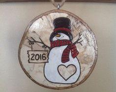 Wood Burned Snowman Christmas Ornaments von BurnwoodCreations