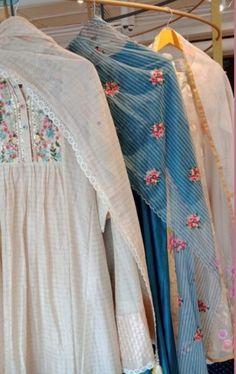 Indian Attire, Indian Wear, Pakistani Outfits, Indian Outfits, Ethnic Fashion, Indian Fashion, Lucknowi Suits, Punjabi Suits Party Wear, Beautiful Dress Designs