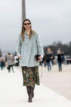 #ClaraRacz pretty floral skirt. Paris