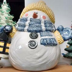 "Frosty The Snow Man 11 1/2"" T"