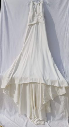 New (Un-Altered) Justin Alexander Wedding Dress 8901V, Size 14