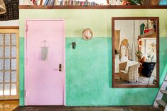 common paint mistakes and how to avoid them Decorating Blogs, Interior Decorating, Varathane Wood Stain, Interior Paint, Interior Design, Entryway Wall, Entryway Ideas, Room Paint, Paint Designs