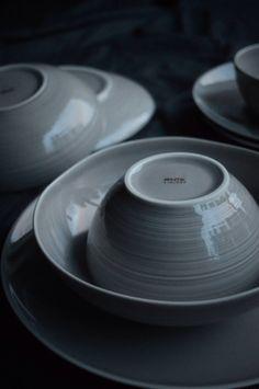 Finnish ceramics Pentik on due fili d'erba   two blades of grass   by thaisfk