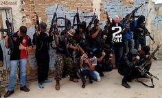 VEJA VÍDEO: traficantes fortemente armados em comunidade com UPP