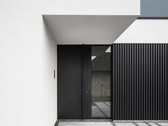 Realisation by www.be Aluminium cladding Powdercoating Aluminium gevelbekleding House Cladding, Timber Cladding, Exterior Cladding, Facade House, Modern Entrance Door, House Entrance, Facade Design, Door Design, Aluminium Facade