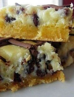 Chocolate Chip Ooey Gooey Butter Cake ~Get ready to write down this recipe, because it's just so great and simple you just don't want to pass it by.