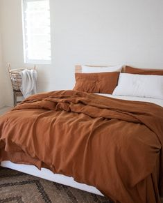Woven from genuine French flax for a luxury finish, our Ochre Duvet Cover complimented by a stunning White Sheet Set. Dorm Bedding, Bedding Sets, Luxury Home Furniture, Modern Furniture, Rustic Furniture, Bedding Inspiration, Simple Bed, Luxury Bedding Collections, Terracota