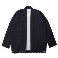 Haori-style kimono jacket made from made from wool-linen-mohair blend fabric. How To Wear Loafers, How To Wear Vans, Fashion Sewing, Kimono Fashion, Fashion Outfits, Mens Fashion, Traditional Fashion, Traditional Outfits, Canvas Jacket