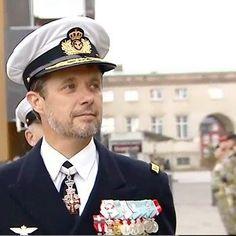 """Frederik en """"Día de la Bandera"""". Copenhague 05.09.2017.  #guaposiempre #uniformetodalavida #crownprincefrederik"""