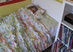 great ruffled vintage sheet quilt I want to try to make for this next baby.....and use ...if its a girl!