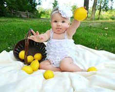 Rosie 9 month photos by Becky Lapensee Designs