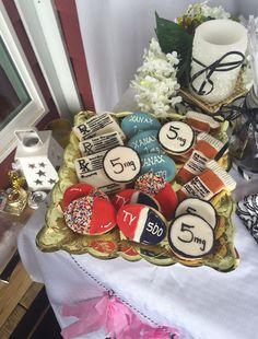 Pharmacy School Graduation Party Cookies #graduation #pharmd #party #cookies #viagra #tylenol #prescriptioncookies #celebration #kentucky