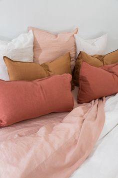 Pink Bed Sheets, Luxury Bed Sheets, Linen Sheets, Pink Bed Linen, Room Ideas Bedroom, Bedroom Inspo, Bedroom Decor, Bedroom Colour Palette, Bedroom Colors