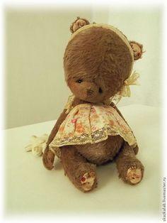 Купить Малышка Яя - коричневый, мишка тедди, мишка ручной работы, авторский мишка.....(omGEE!! so unBEARably CUTE!!!)....