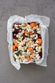 Warming root vegetable casserole is my comfort food at winter time. Low Carb Recipes, Vegetarian Recipes, Healthy Recipes, Healthy Foods, Microwave Dinners, Roasted Root Vegetables, Vegetable Casserole, Food Inspiration, Feta