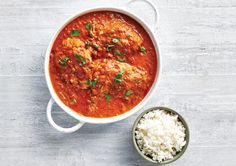 Free ganesh's slow cooked butter chicken recipe. Try this free, quick and easy ganesh's slow cooked butter chicken recipe from countdown.co.nz. Rib Recipes, Crockpot Recipes, Chicken Recipes, Slow Cooked Butter Chicken, Things To Make With Chicken, Sticky Ribs Recipe, Hoisin Sauce, Pork Ribs, Serving Dishes