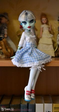 Halloween | Decoration | Doll | Monster High | Dress and removable skirt