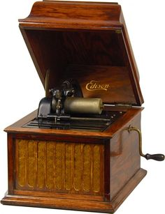 Edison Phonograph Cylinder Record Player : Lot 902