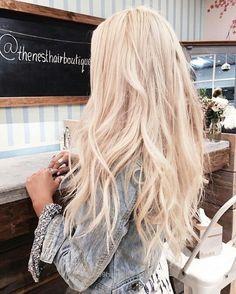25 greatest vanilla cream blonde hair color ideas for 2019 16 – nothingideas.c… Blonde hair models – Hair Models-Hair Styles Cream Blonde Hair, Beachy Blonde Hair, Champagne Blonde Hair, Dark Blonde Hair Color, Blonde Hair Looks, Light Blonde Hair, Platinum Blonde Hair, Blonde Ombre, Blonde Balayage