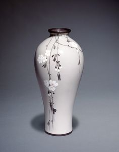 History of Cloisonné in Japan - Victoria and Albert MuseumCloisonné enamel vase decorated with hanging cherry, Namikawa Sosuke, Japan, about Museum no. © Victoria and Albert Museum, London Pottery Painting, Ceramic Painting, Pottery Vase, Ceramic Pottery, Ceramic Art, Japanese Vase, Japanese Ceramics, Porcelain Jewelry, Porcelain Ceramics