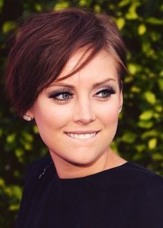 Jessica Stroup - If EVER I went really short, I would do this!
