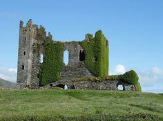 Cahirseveen castle ruins