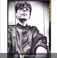 Thank's to @mariolinasimone happy&proud to wear @lamarcaofficial #blackshirt #musthave #noir #monochromatic #monotone #glam #outfitoftheday #outfitpost #fashion #fashionista #radio #speaker @m2oradio⭐️