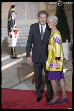 Google Image Result for http://static1.purepeople.com/articles/4/58/12/4/%40/427914-christine-lagarde-et-son-compagnon-637x0-2.jpg