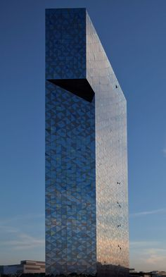 Scandic Victoria Tower, Stockholm, Sweden - Wingårdh Arkitektkontor (2011). The tallest hotel in Scandinavia.