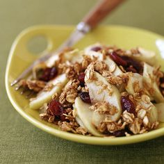 Looking for an early fall inspired dessert to make with local produce? Try this apple-cranberry crisp! It's so simple to bake and stores well in the fridge afterwards.
