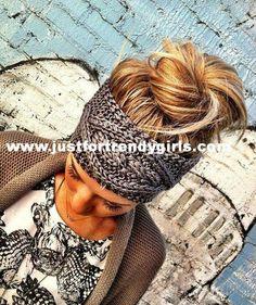 i love a good head band! GREY Crochet Headband - Plain Cable Knit Headband - Gray Ear Warmer Headband head bands Hair Coverings by Three Bird Nest on Etsy my-style Look Fashion, Fashion Beauty, Autumn Fashion, Knit Fashion, Fashion Models, My Hairstyle, Cute Hairstyles, Perfect Hairstyle, Headband Hairstyles