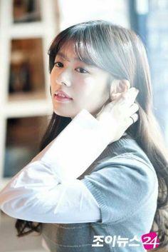Playful Kiss, Jung So Min, Young Actresses, I Fall, Kdrama, Korean, Beautiful, Female Actresses, Korean Language