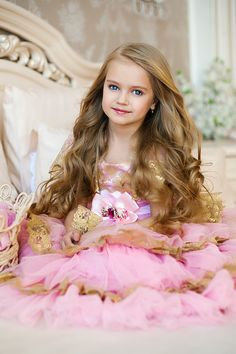 Adorable little princess . Beautiful Little Girls, Cute Little Girls, Beautiful Children, Beautiful Babies, Cute Kids, Girl Photography, Children Photography, Fashion Photography, Cute Girl Image