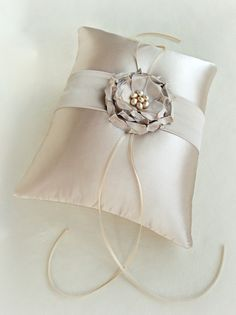 beautiful ring pillows